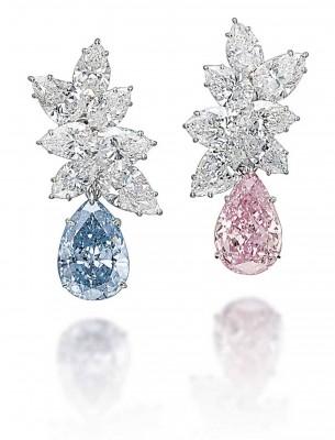 GRAAF-boucles d'oreilles-diamants fancy blue et vivid pink-vente Christie's Magnificient Jewels à Laurent Graaf $15.82millions
