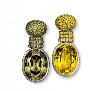 HEMMERLE-boucles d'oreilles-or blanc-diamants-saphirs-zircons