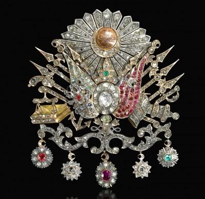 #Ottoman gem-set brooch bearing the tughra of Sultan Abdülhamid II (r.1876-1909), Turkey, circa 1900