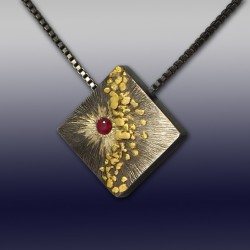 VAATZ Wolgang-Pendant in argentium silver gold nuggets & 14 k gold fused, oxidized, ruby