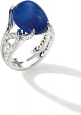 VAN CLEEF  ARPELS-KASHMIR cabochon sapphire 15,42ct-diamonds-$1,134,080-Sotheby's auction