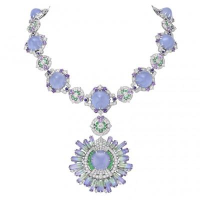 #VAN CLEEF & ARPLES #necklace #whiteGold #Calcedony #Tsavorites #tanzanites #Diamonds #2021