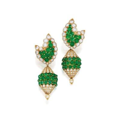 #VAN CLEEF et ARPELS #Earclips #diamonds #Emeralds