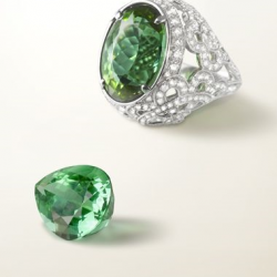 VAN ClEEF & ARPELS-Bague Pergola-tourmaline-diamonds
