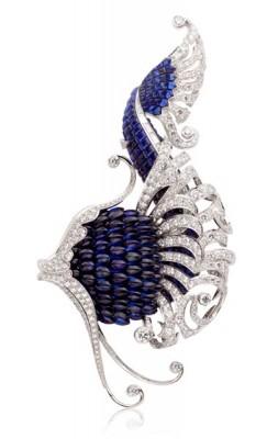 VAN ClEEF & ARPELS-Clip Illiade-Collection l'Atlantide-or blanc-saphirs-diamants