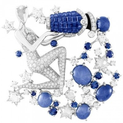 VAN ClEEF & ARPELS-Clip Zodiac-or blanc-saphirs-or rouge-serti mysterieux-saphirs-diamants