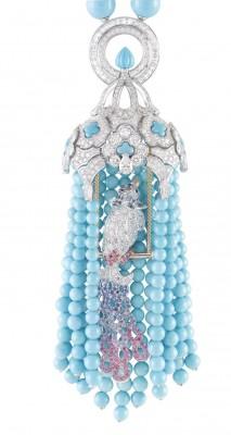 VAN ClEEF & ARPELS-Collier les Oiseaux Amoureux-Collection les Couleurs de Paradis-turquoise-diamants-tsavorite-saphirs de couceurs-spinelle rose