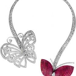VAN ClEEF & ARPELS-Diamants-collier-rubis-serti invisible