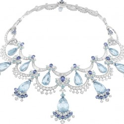 VAN ClEEF & ARPELS- Peau d'Âne collection-or blanc-Colour of Time Dress-collier-diamants-tourmamlines-saphirs-aigues marines