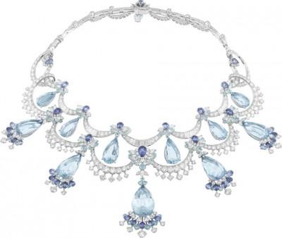 VAN ClEEF & ARPELS- Peau d'Âne collection-or blanc-Colour of Time Dress-collier-diamants-tourmamlines-saphirs-aigues marines