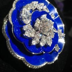 VAN ClEEF & ARPELS- Pierres de Caractere-broche-lapis lazuli