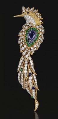 VAN ClEEF & ARPELS-Saphir-Emeraude-Diamant-broche