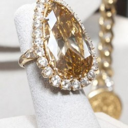 VAN ClEEF & ARPELS-bague Elizabeth Taylor-diamant cognac 32.14 ct