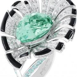 VAN ClEEF & ARPELS-bague-or blanc-diamants-onyx-tourmalines-Tourmaline Parzaiba 10.62ct
