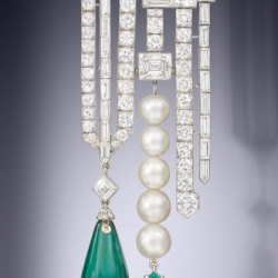 VAN ClEEF & ARPELS-diamants-perle-émeraude