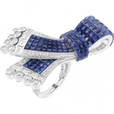 VAN CLEEF ARPELS -noeud-mysterieux-between-the-finger-ring-sapphire-diamond