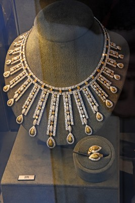 Collier Mouawad, diamants jaunes, diamants blancs