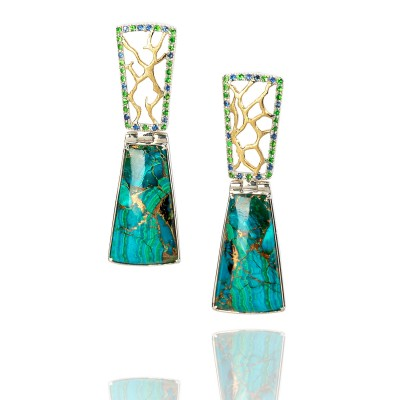 PALOMA SANCHEZ - Chrysocolla with gold veins from California, pave of sapphires and tsavorites - Earings