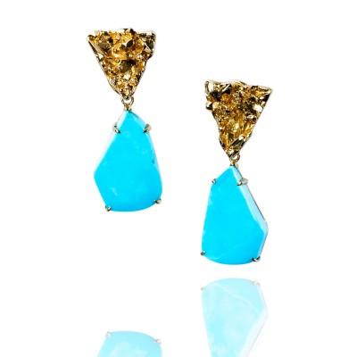 PALOMA SANCHEZ - Free form Sleeping Beauty turquoises (Arizona), 18K yellow gold top earrings
