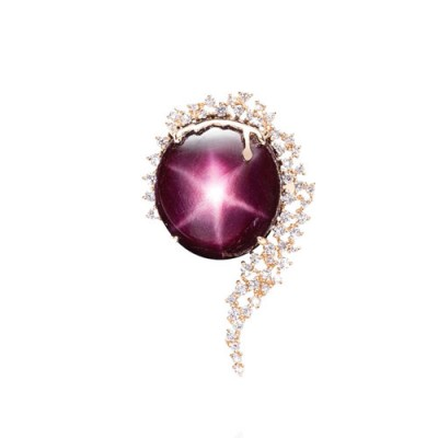 PALOMA SANCHEZ star ruby set in 18K gold with diamonds
