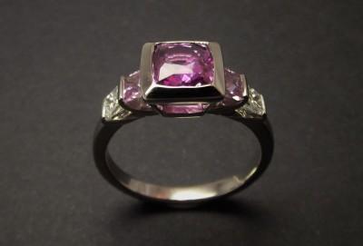 L'ATELIER JOAILLIER - Saphirs-roses,-diamants-princesses