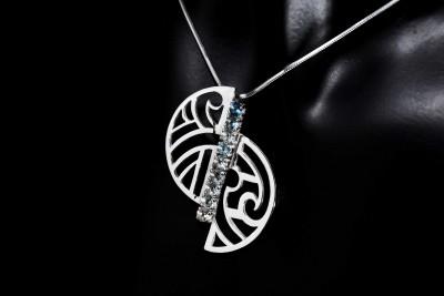 collier-toapze-inspiration-maori-argent-motif-océanien-création-unique-iriatai-nc-(5)