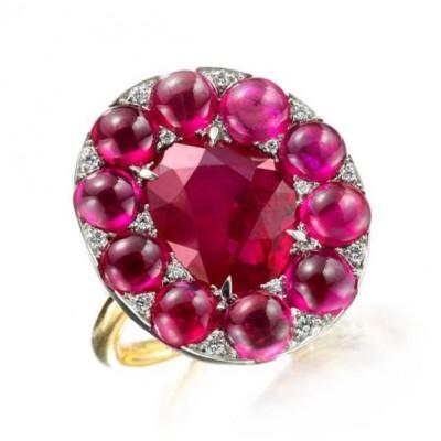 #SABBA #Ring #Jade #Rubies #Cabochon #Diamonds
